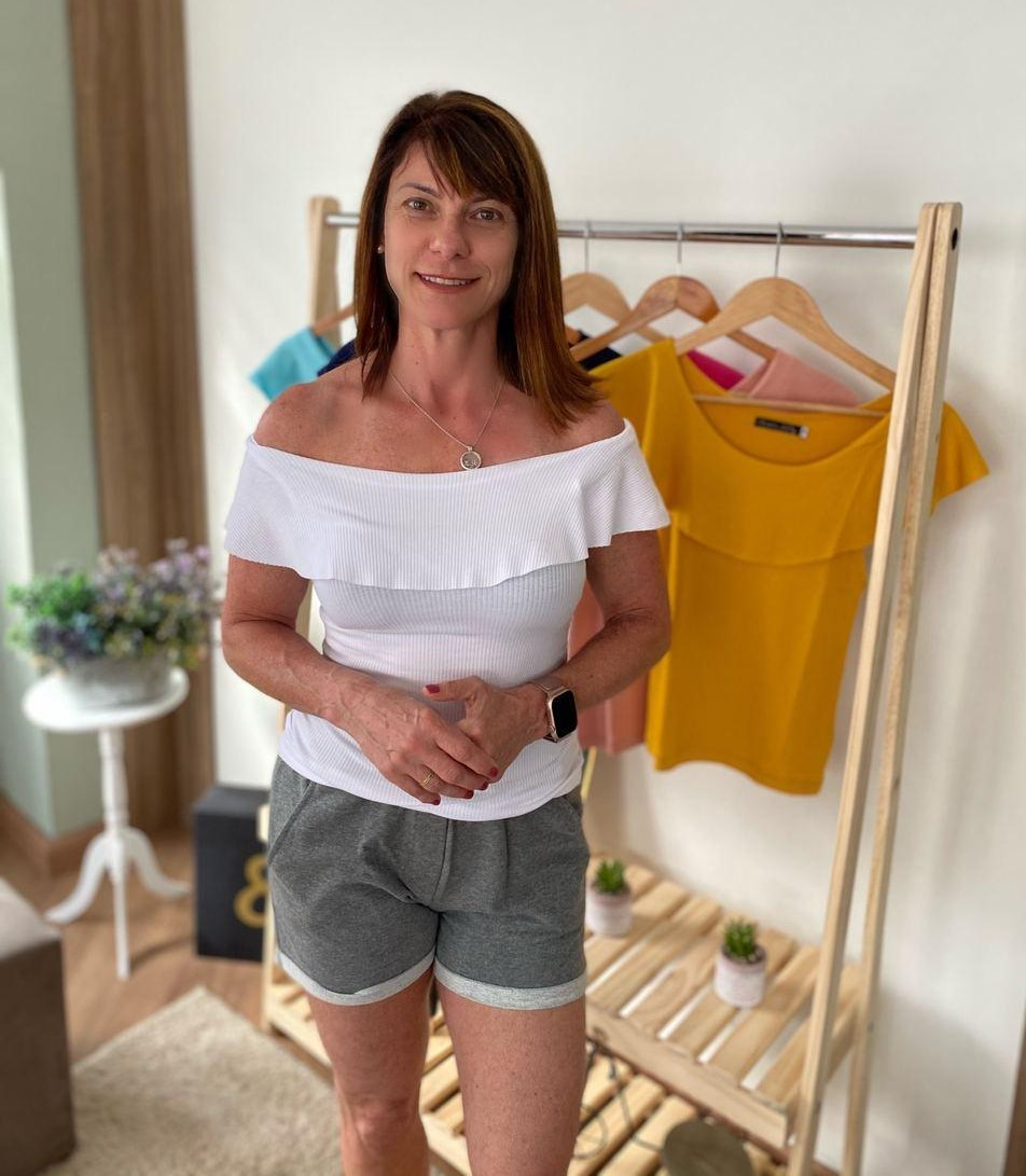 Camiseta Feminina Canelada