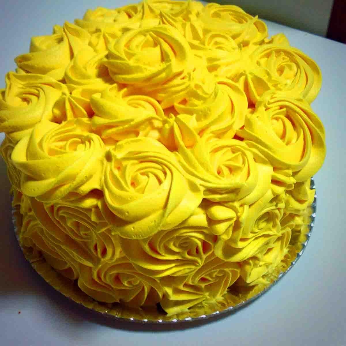 Essência alimentício líquido Amarelo Gema 960ml Arcolor