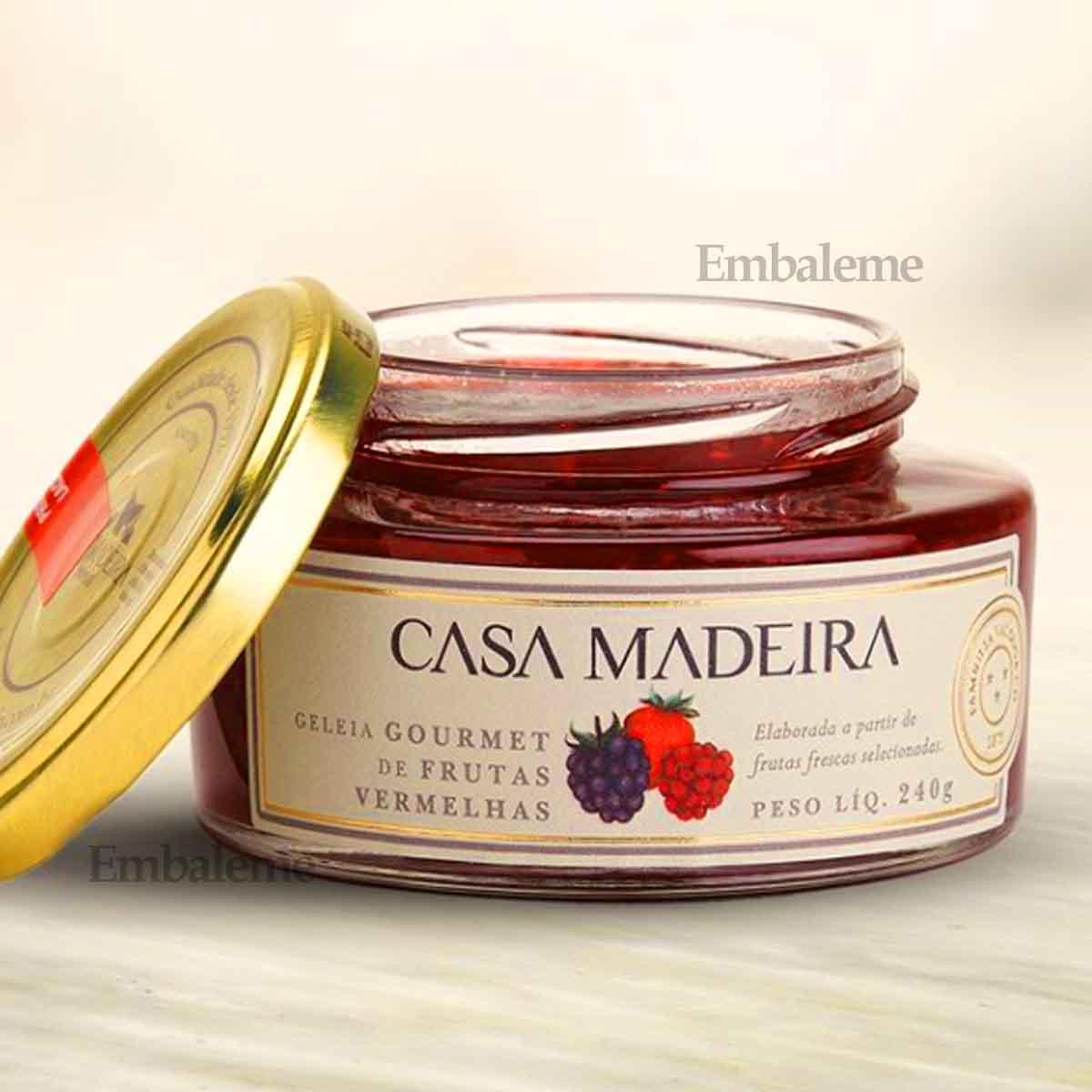 Geleia de Frutas Vermelhas Vermelhas 240g Casa Madeira