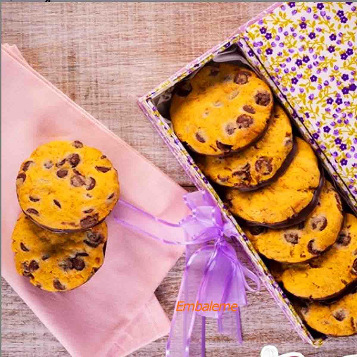 Chocolate Gota Pingo Sabor Chocolate ao leite 1,01kg Mavalério