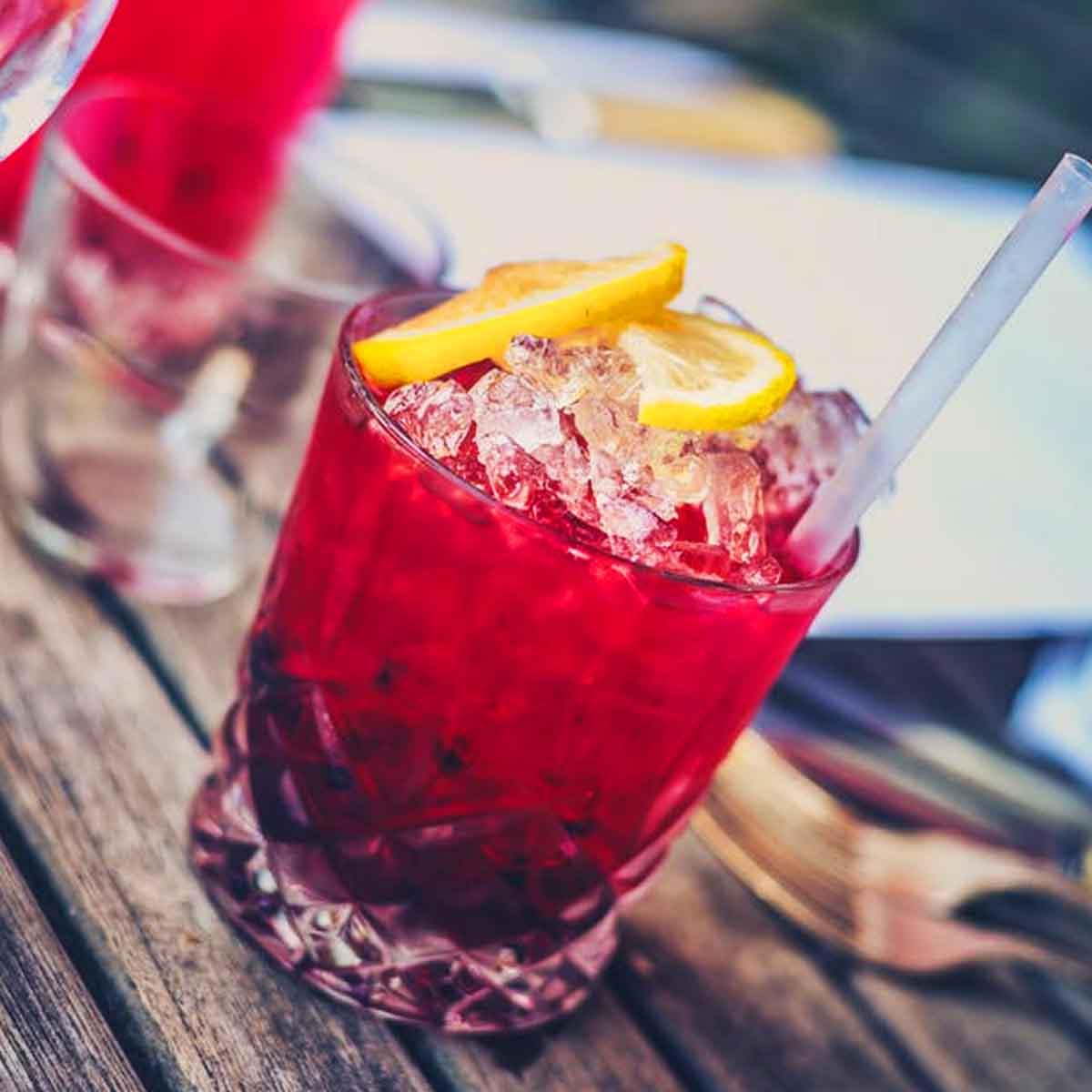 Xarope Mix Cranberry Para Cocktail e Long Drink 1 Litro Fabbri