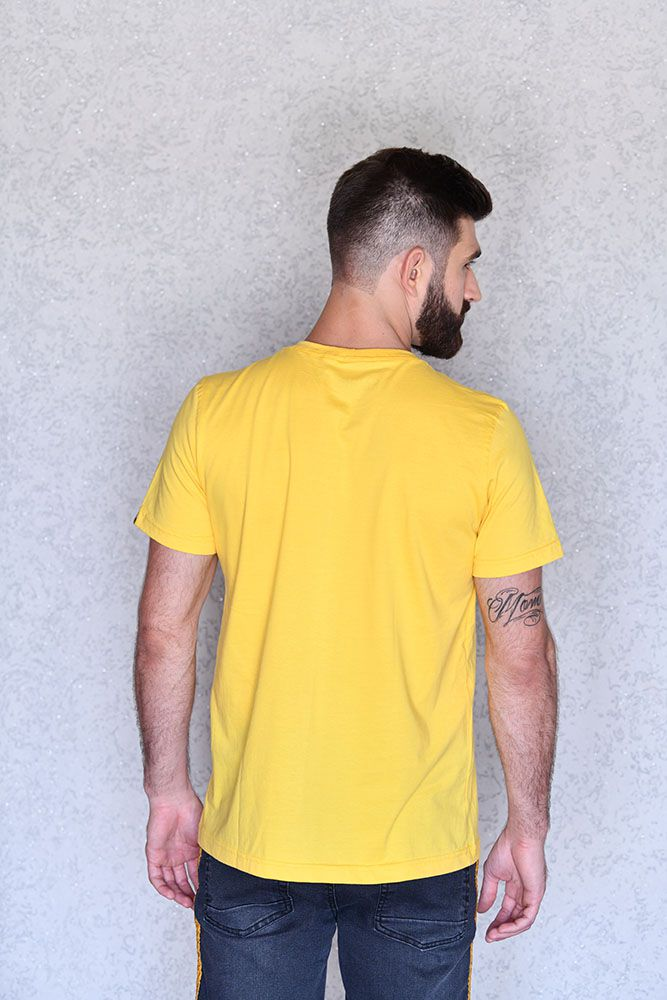 Camiseta Believe Amarela