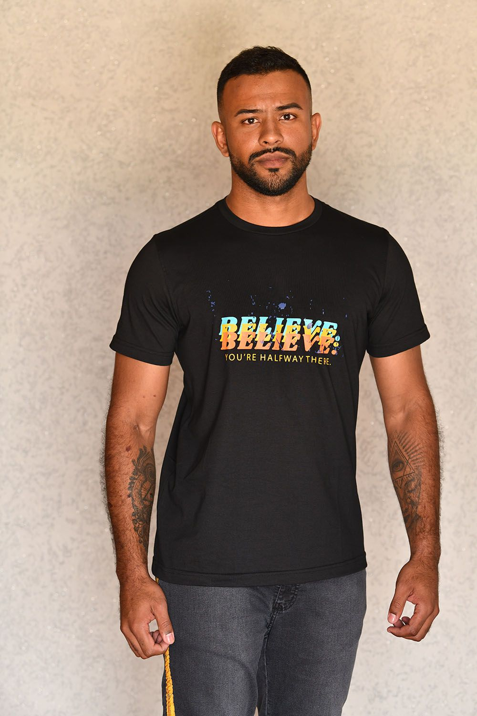 Camiseta Believe Preta