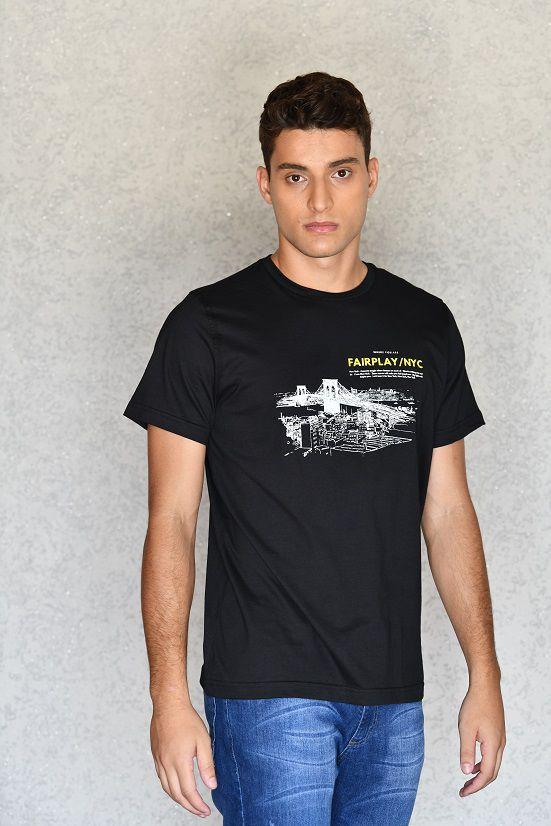 Camiseta NYC Preta