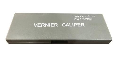 Paquímetro Universal Analógico 150mm 6pol