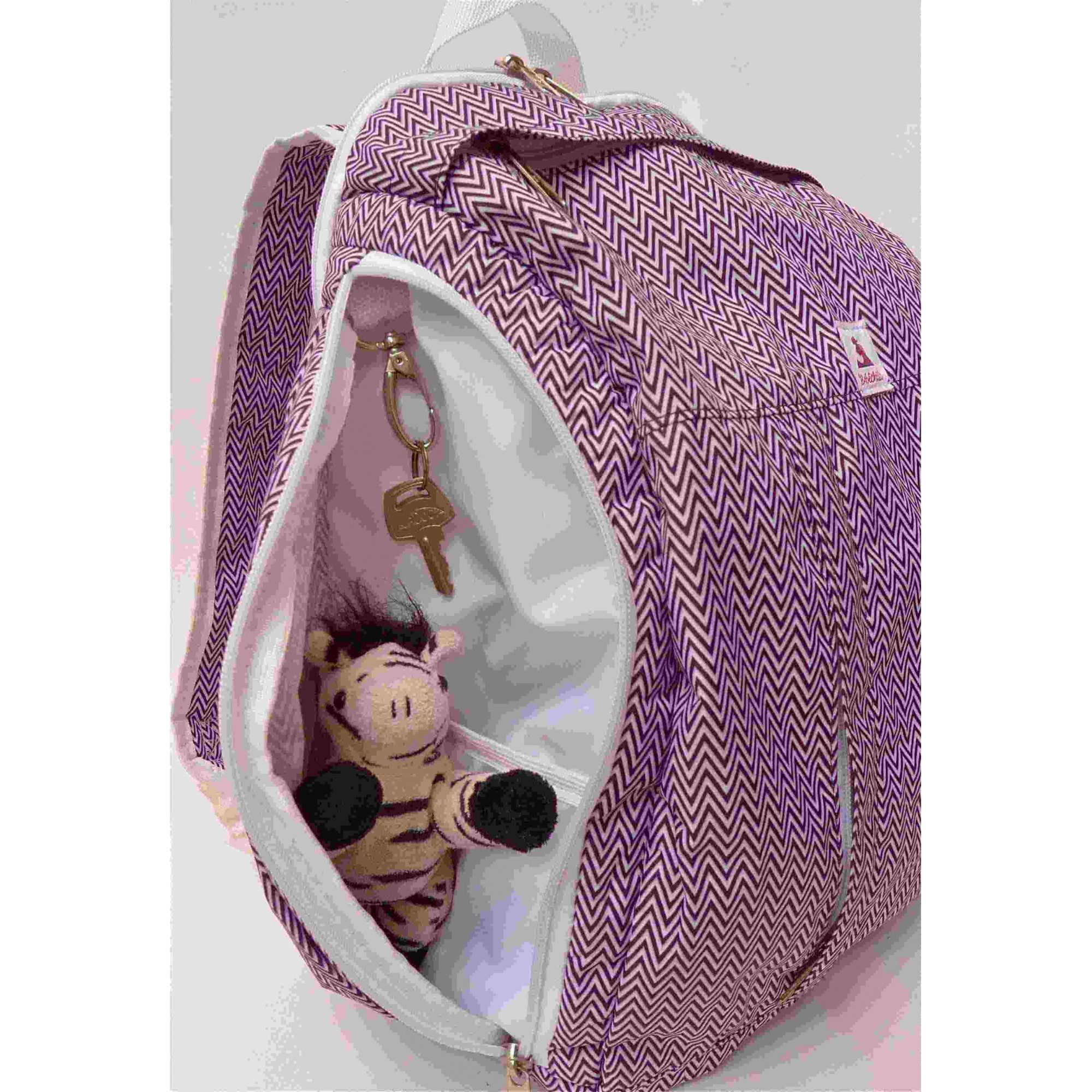 Mochila de maternidade - Bebêchila Berry Chevron Branca e Preta