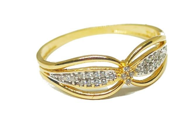 Anel de ouro 18k Borboleta com Pedras ARO 22