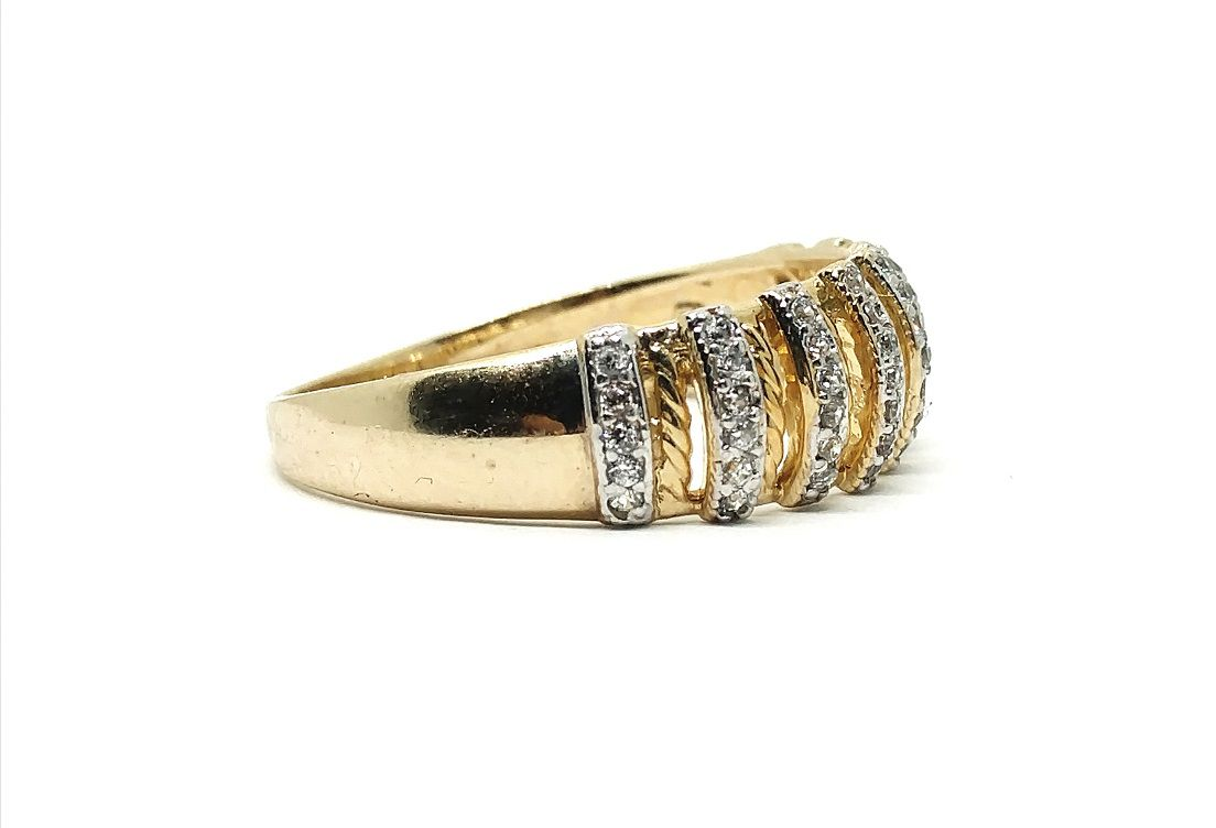 Anel de ouro 18k Pedras