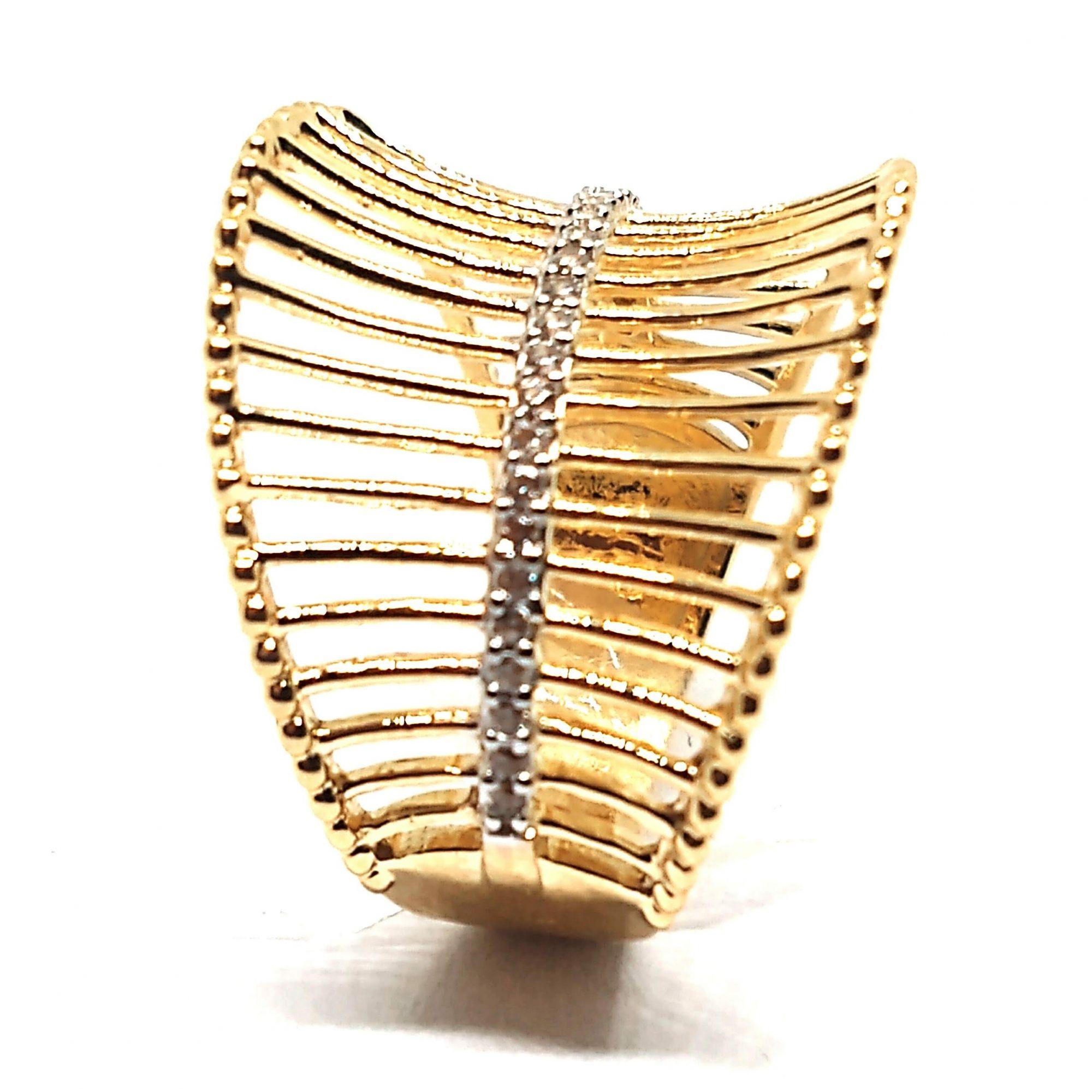 Anel de ouro 18k vazado com zircônias