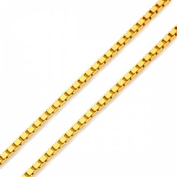 Gargantilha em ouro 18K três corações