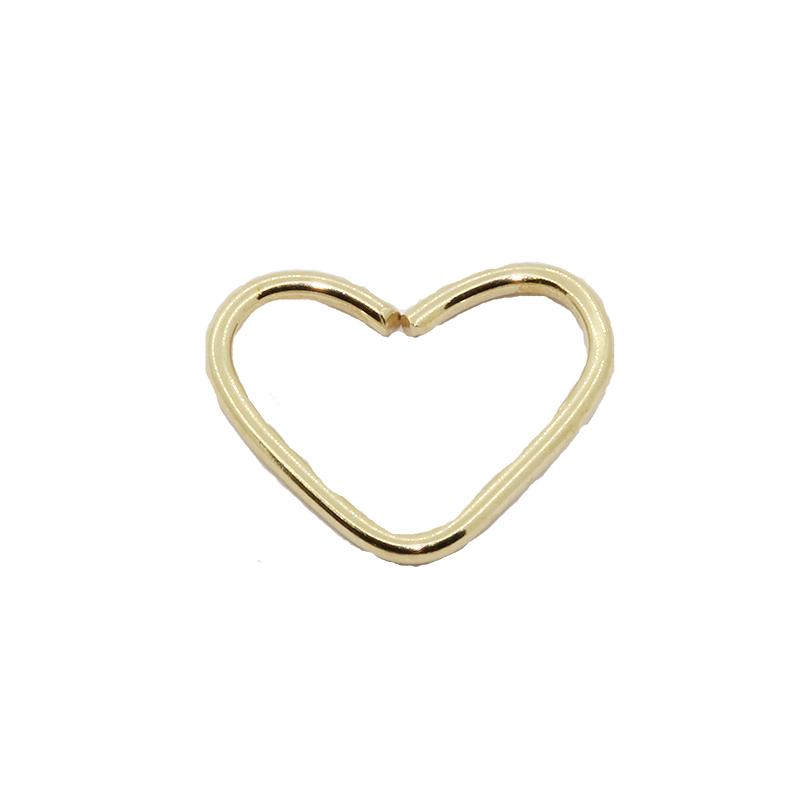 Piercing de ouro 18k de Daith coração