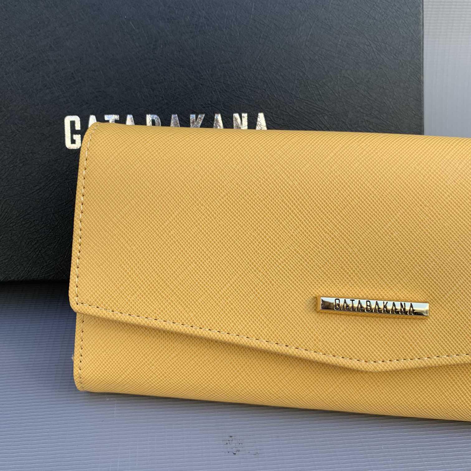 Carteira Amarela GB  - Choque Concept