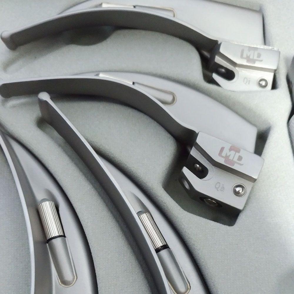 Kit Laringoscópio Completo com Cabo + 4 Lâminas Curvas e Estojo MD