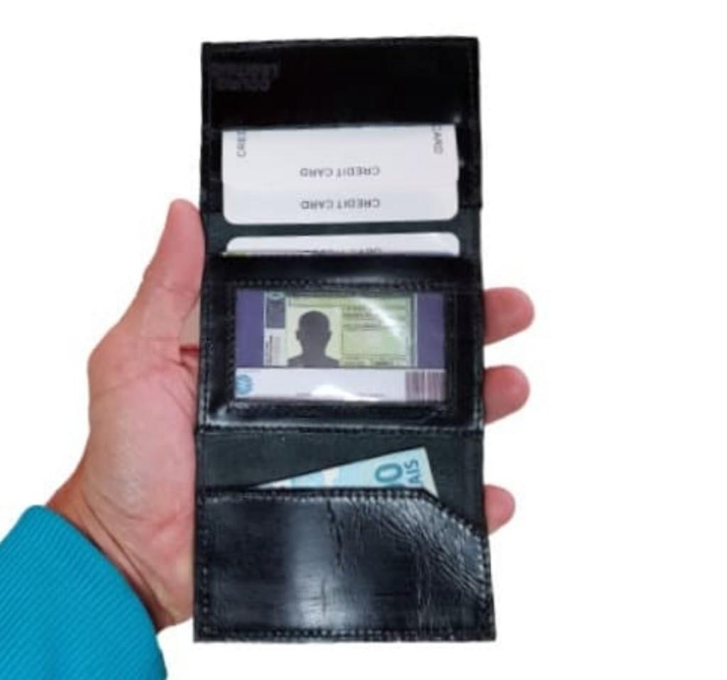 Carteira Masculina Slim Porta Cartão acabamento em couro legitimo