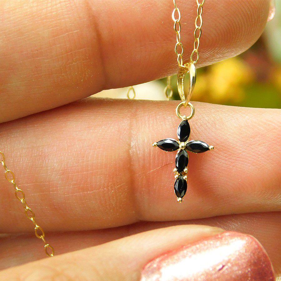 Pingente em Ouro 18K Crucifixo com Zircônia PN122ZN
