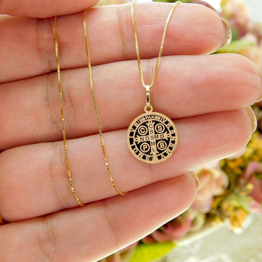 Pingente em Ouro 18K Medalha da Cruz de São Bento PGE1160