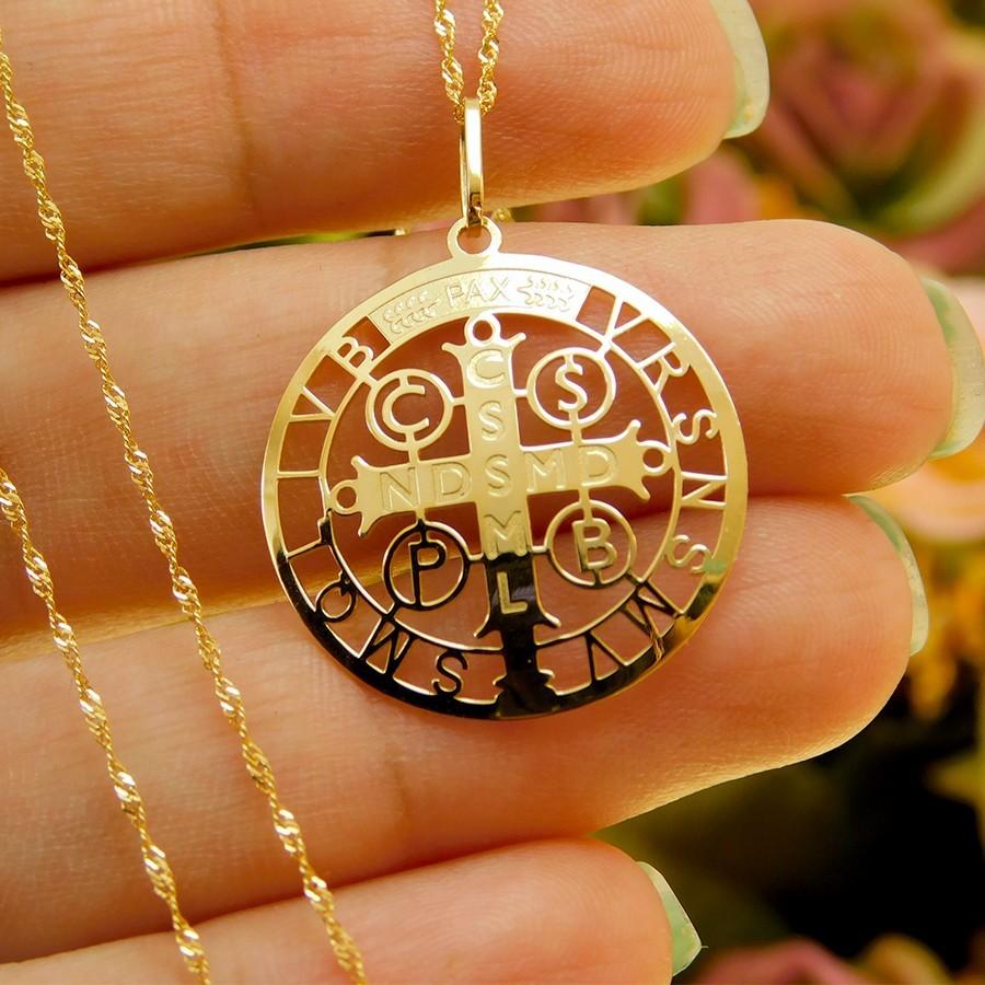 Pingente em Ouro 18K Medalha da Cruz de São Bento PGE117