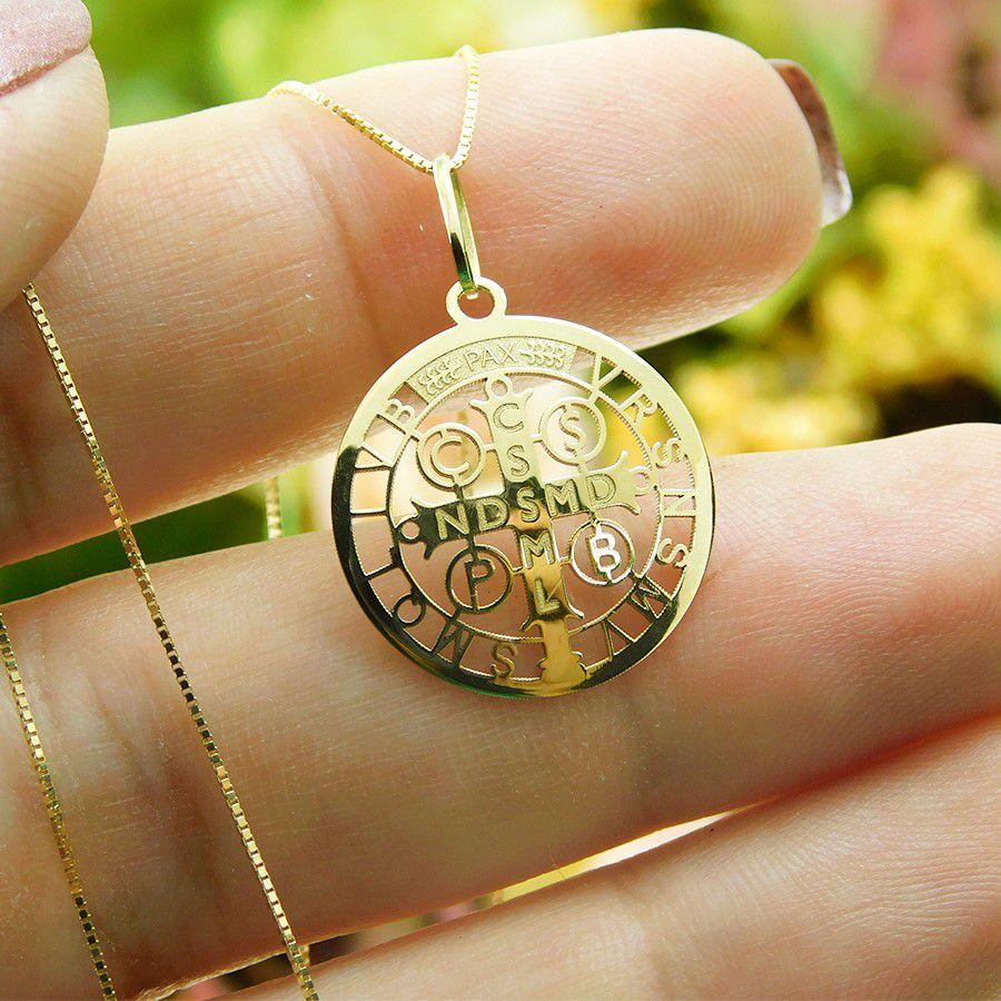 Pingente em Ouro 18K Medalha da Cruz de São Bento PGE20
