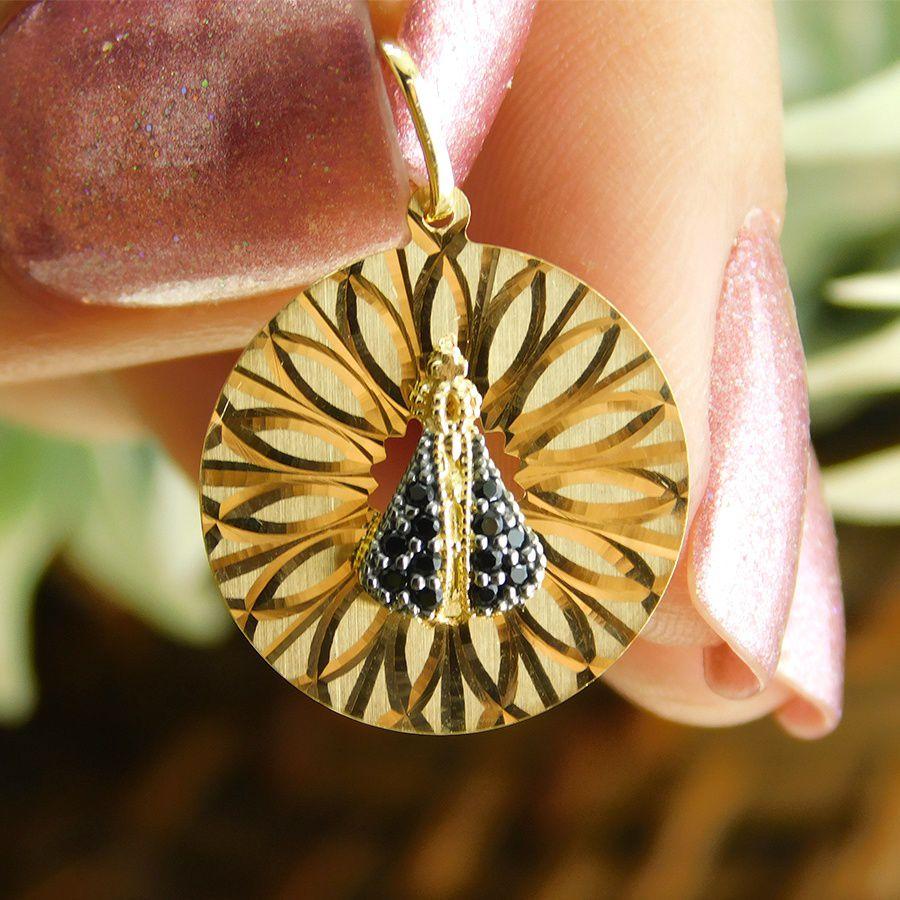 Pingente em Ouro 18K Medalha Nossa Senhora Aparecida com Zircônia NP913014