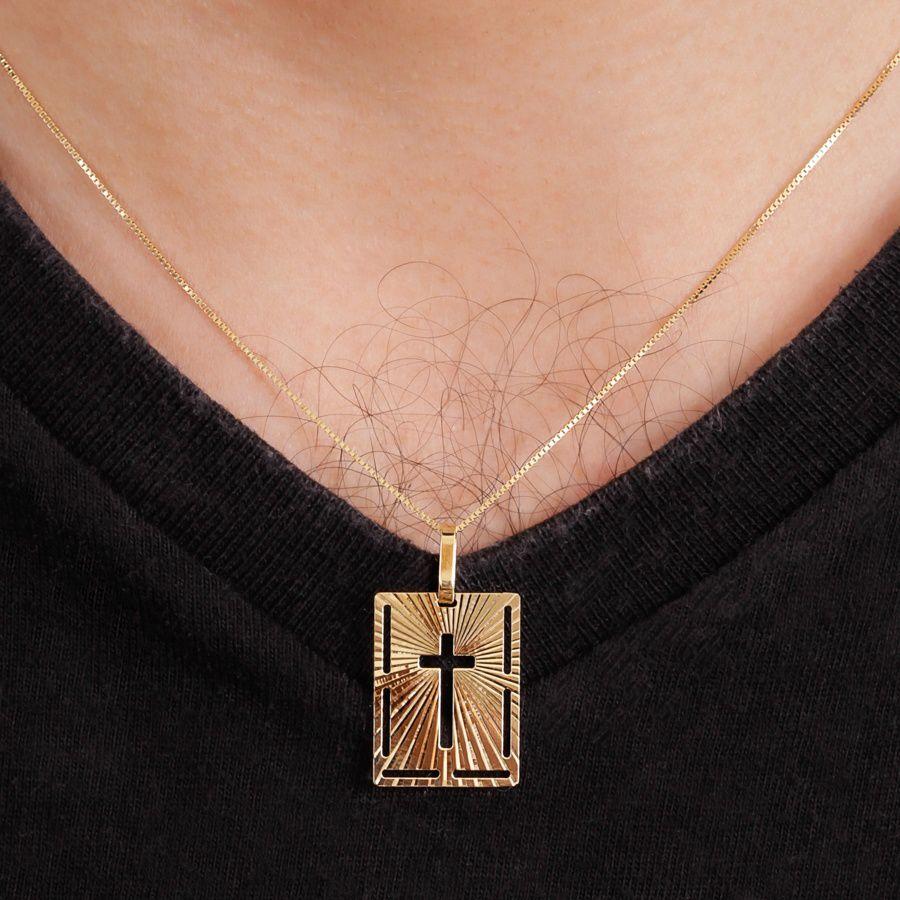 Pingente em Ouro 18K Placa Cruz vazada NP911227