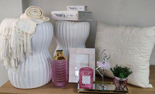 Banqueta Seat Garden Branca de Cerâmica
