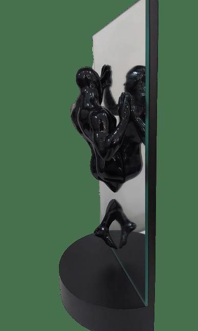 Escultura Ascensão Preta
