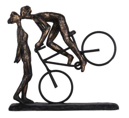 Escultura Beijo na Bike