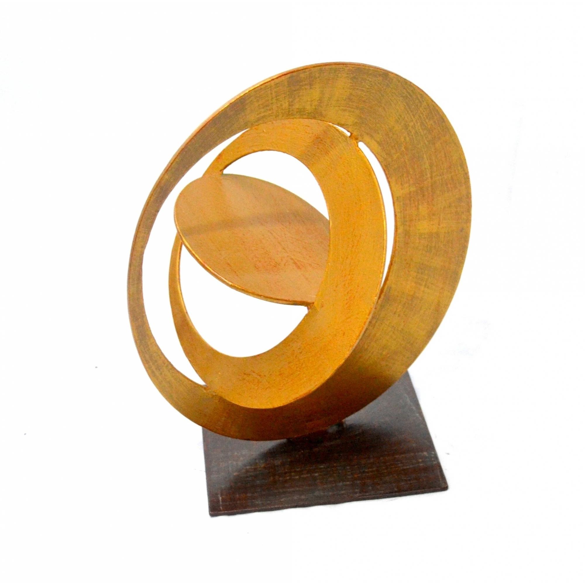 Escultura em Metal Monde