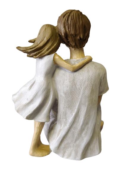 Escultura Pai Sentado com Filha