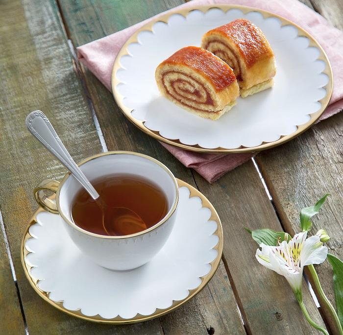 Jogo 6 Xícaras Chá Egg Porcelana c/ pires 200 ml