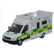 Miniatura Van Ambulancia Mercedes Scottish  1/76 Oxford