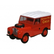Miniatura Bertram Land Rover 88 Circus 1/43 Oxford