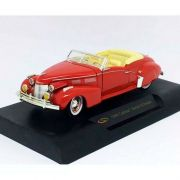 Miniatura Cadillac Series 62 Sedan 1940 1/32 Signature