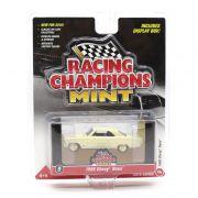 Miniatura CHASE GOLD Chevrolet Nova 1966 A 1/64 Racing Champions