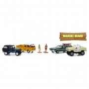 Miniatura Diorama Jeep e Volkswagen com Bonecos Mass Market 1/64 Greenlight