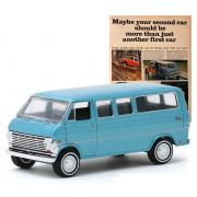 Miniatura Ford Club Wagon 1968 Vintage Cars 1/64 Greenlight