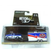 Miniatura Ford F-100 1970 com Enclosed Car Trailer - STP Racing Hitch & TIW 1/64 Greenlight