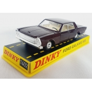 Miniatura Ford Galaxie 500 1/43 Dinky Toys