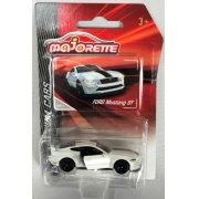 Miniatura Ford Mustang GT Premium Cars 1/64 Majorette