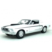 Miniatura Ford Mustang GTA Cobra 1968 1/18 Maisto