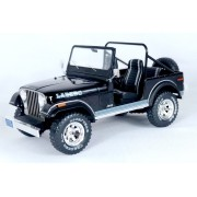 Miniatura Jeep CJ-7 1/18 Model Car