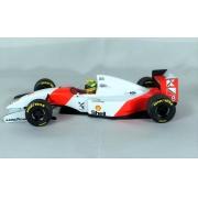 Miniatura McLaren Ford MP4/8 Ayrton Senna Winner Japanese GP 1993 1/18 Minichamps