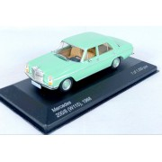 Miniatura Mercedes Benz 200/8 1968 1/43 Whitebox