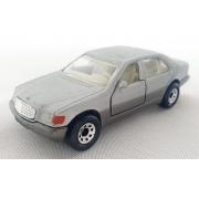 Miniatura Mercedes Benz 600 SEL 1/64 Matchbox