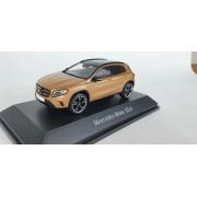 Miniatura Mercedes Benz GLA 1/43 Norev