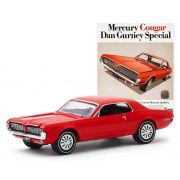 Miniatura Mercury Cougar 1967 Vintage Cars 1/64 Greenlight