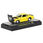 Miniatura Nissan Skyline GT-R 1971 Amarelo Mooneyes 1/64 M2