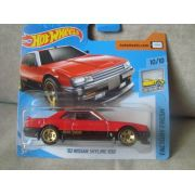 Miniatura Nissan Skyline R30 1982 1/64 Hot Wheels Factory Fresh