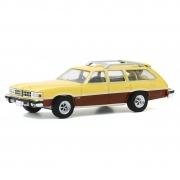 Miniatura Pontiac Grand LeMans Safari 1977 1/64 Greenlight