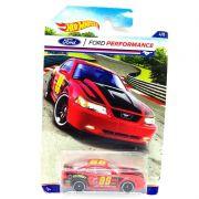 Mustang 1999 1/64 Hot Wheels